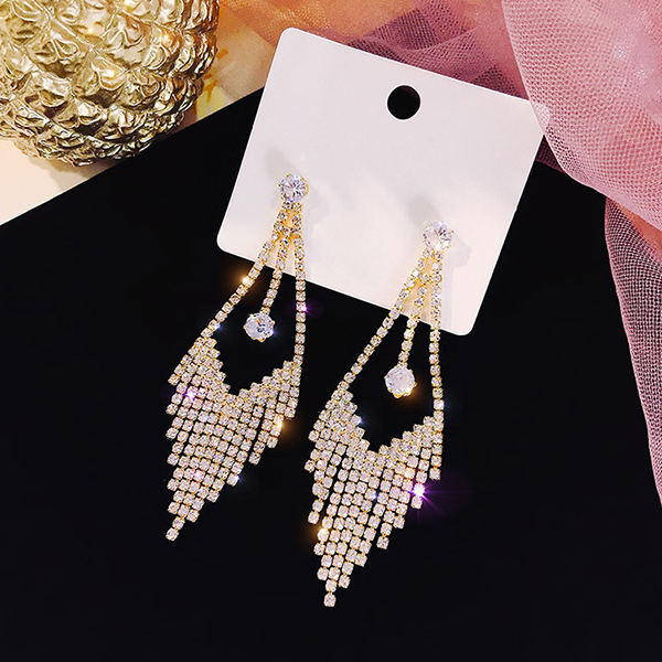 Vertical Crystal Tassel Wedding Wear Earrings - Golden