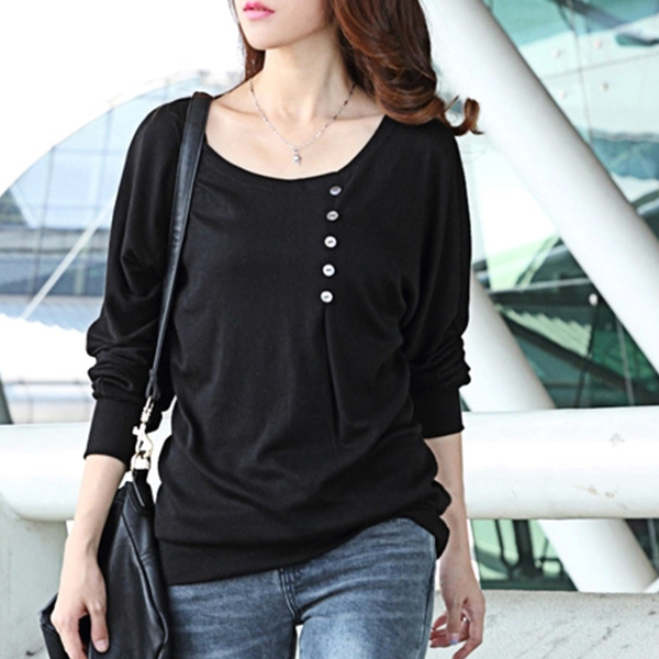 Wrapped Buttons Patched Round Neck T-Shirt - Black
