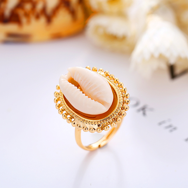 Shell Patched Boho Gold Plated Ring