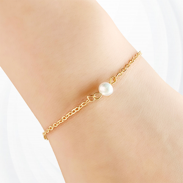 Party Wear Pearl Decorations Gold Plated Women Bracelet