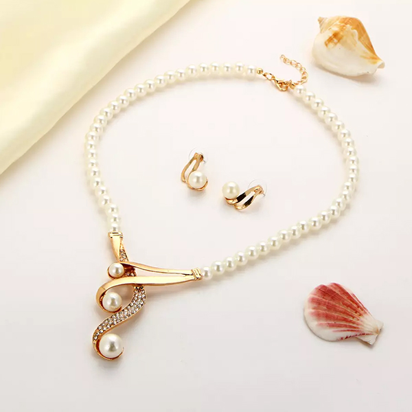 Gold Plated Pearl And Crystal Necklace And Tops