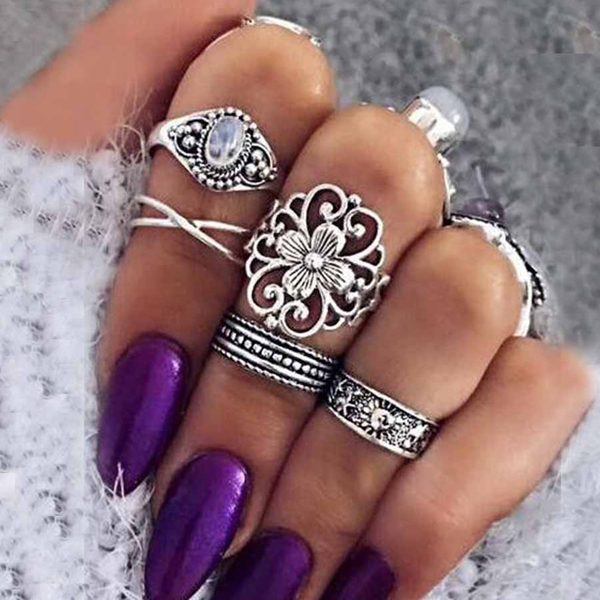 Bohemian Five Pieces Engraved Rings Set - Silver