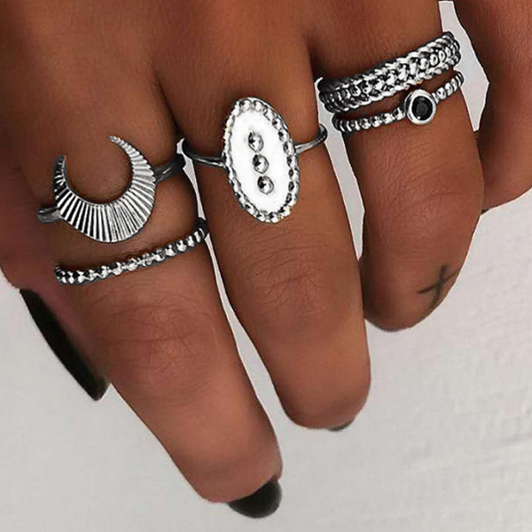 Five Pieces Silver Plated Boho Rings Set - Silver