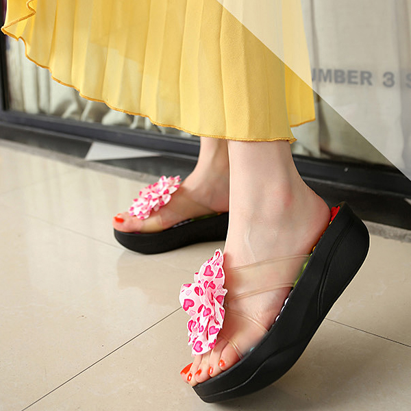 Thick Bottom Flower Patch Casual Sandals - Black